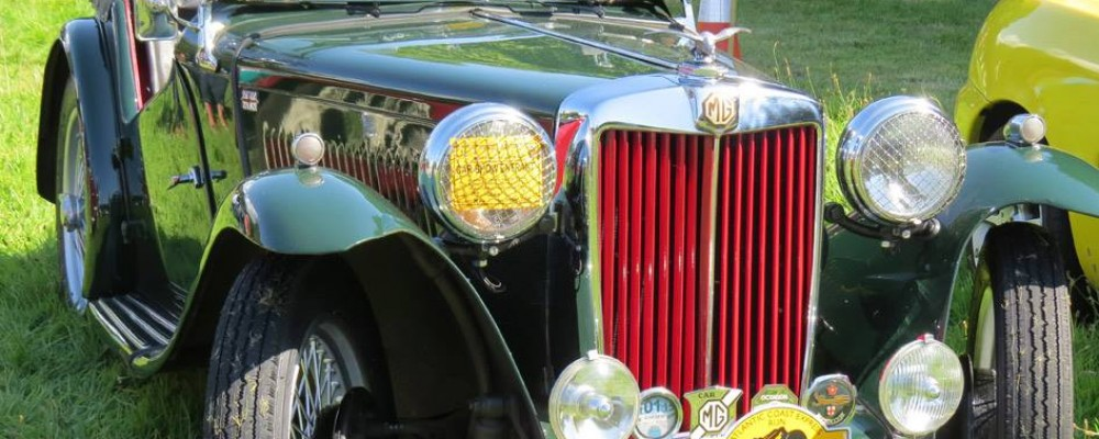 The Mount Edgcumbe Country Park Classic & American Car Show