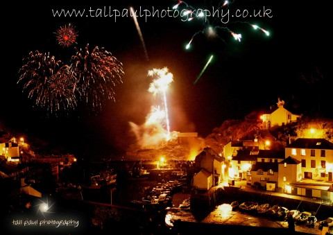 Polperro Fireworks - Tall Paul Photography